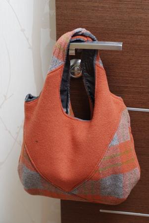 Как самой сшить сумку-клатч ... а кто знает, как такой клатч сделать.