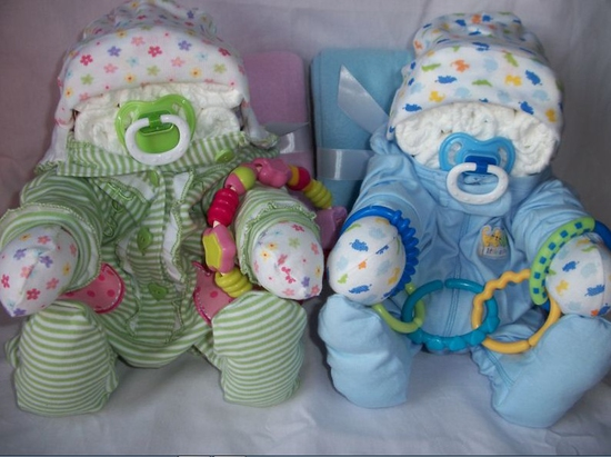 Оригинальные baby-подарки из памперсов и детской одежды на заказ - поделки из памперсов - запись пользователя Кнопк@ (fdukiujhvf